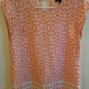 Beautiful spring blouse. Great condition!